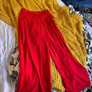 Float red pants